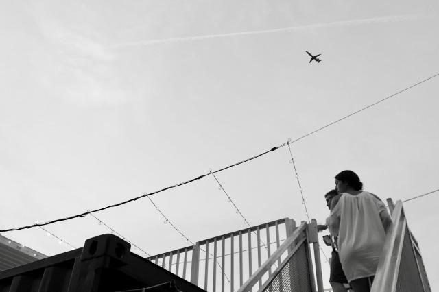 Village Bunker avion noir et blanc